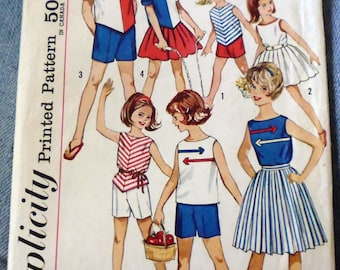 Simplicity 4457 girls' separates pattern, girls play clothes, breast 26, hip 28, pleated skirt, button front blouse