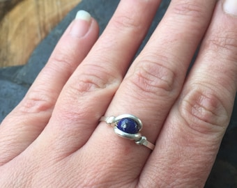 Wire Wrap Ring, Size 7.5 Wire Wrapped Ring, Lapis Lazuli Ring in Sterling Silver, Lapis Lazuli Ring