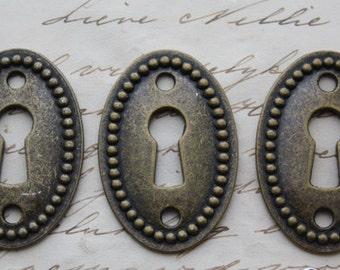 Steampunk Keyhole Ornaments Key Hole Locket Steampunk Silver or Bronze