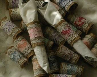 40 Burlap Napkin Rings -Wedding Napkin Holder-Burlap Napkin Ring Holder-Burlap and Lace Serviette Holder