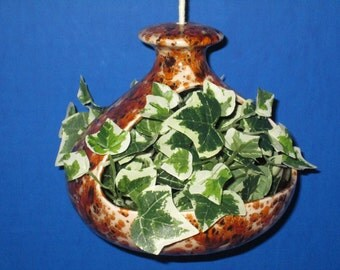 Vintage/Retro Hanging Ceramic 2 Sided Planter/Bird Feeder Yadro Print with Amber Brown Interior