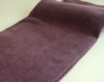 Turkish Towel Peshtemal towel Cotton Peshtemal Stone washed waffle pattern in Burgundy