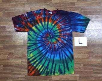Tie Dye T-Shirt ~ Rainbow Nautilus Spiral with Blue Blades i2160 Large