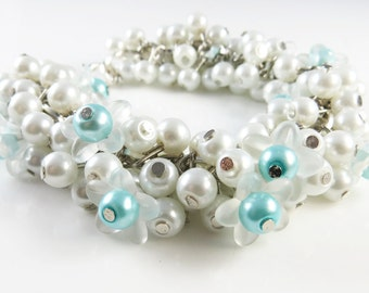 White cha cha bracelet with flowers
