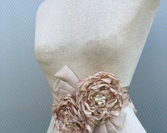 wedding sash, bridal sash, bridal accessories, wedding accessories, bridal belt, wedding belt, flower sash, wedding sash belt, bridesmaid