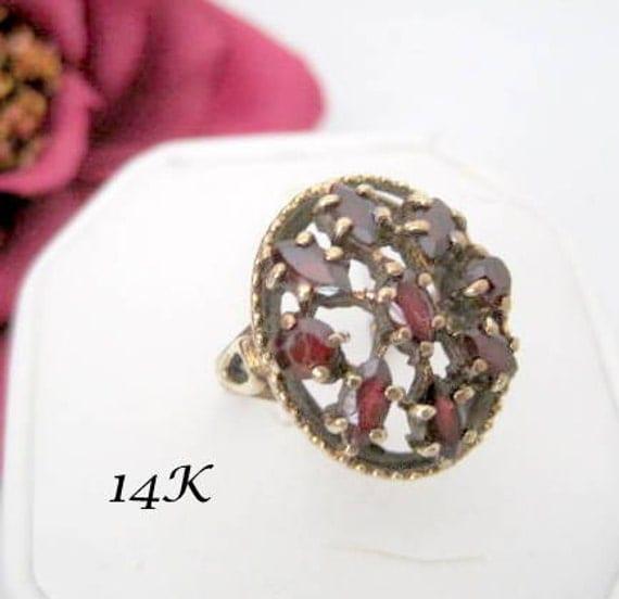 14K Gold Ring,  Estate Find, Garnet Clusters, Size 7 Ring