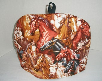 Horses Seirra - Quilted Dome Tea Cozy with Trivet