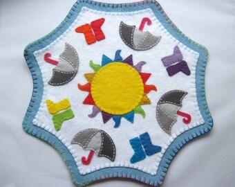 PDF PATTERN: Rainbows and Wellies Penny Rug sewing tutorial - Wool Applique Pattern Irish Summer felt DIY Decoration - Holiday accessory