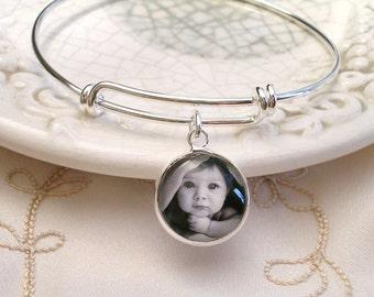 Photo Charm Bracelet, Mother's Gift, Grandmom Gift, Mom gift, Expandable bangle Picture bracelet, Swarovski Birthstone bracelet Gift