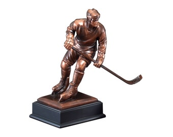 Hockey Player Resin Sculpture (BLRFB018)