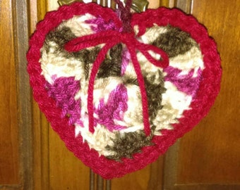Valentine crochet ornament