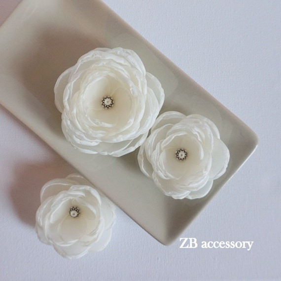Ivory hair flowers Ivory Bridal fabric hair clips Ivory