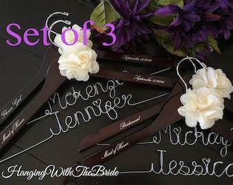 Set of 3 Personalized Hanger,  Custom Bridal Hangers,Bridesmaids gift, Wedding hangers with names,Custom made hangers