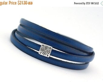 ON SALE Blue Sapphire Men's Leather Wrap Bracelet, Cobalt Boho Men's Bracelet, Royal Blue Leather Cuff Mens, gift for him, boho chic