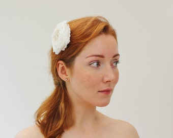 SAMPLE SALE silk rose hair clip, white rose hair, bridal hair clip, silk flower hair clip, wedding hair clip