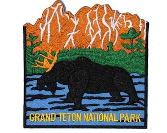 """Souvenir Patch """"Grand Teton National Park"""" Wyoming Mountain Range Iron-On Applique"""