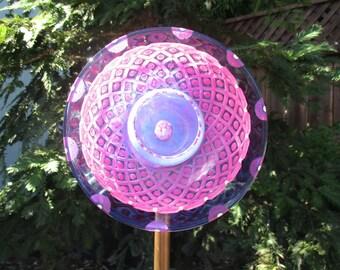 Sun Catcher Glass Garden Art, Repurposed Garden Art, Garden Sculpture, Lawn Art, Yard Art Garden - Garden Gift
