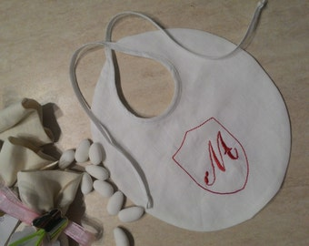 Linen bib with customized initial,  new born, minimal, outfit , gift birth , baptism, etsyitaliateam