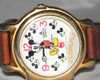 Disney Lorus Mickey Mouse v422-0010 by Seiko Musical Watch with Leather Band
