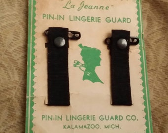 Vintage  La Jeanne Pin-In Lingerie Guard made in Kalamzoo, Michigan - In original package