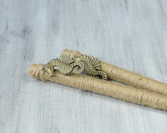 Beach wedding Guest Book Pen, bronze sea horse and natural twine guest book pen, nautical wedding, Pen for Guest Book, rustic, set of two