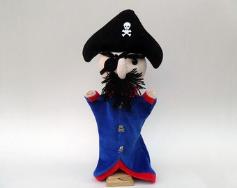 Fred, the one-eyed pirate - Hand puppet