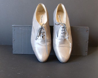 Vintage grey leather brogues, Rodolfo Valentino shoes, free shipping