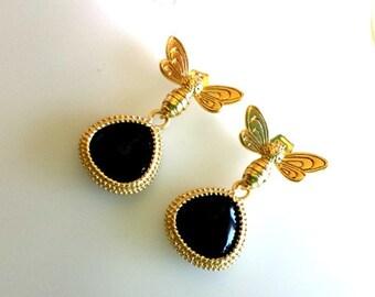 Onyx Earrings, Black earrings, Bumble Bee Hook Earrings, Honey Bee,Gold Bee Earrings, Insect Earrings - Drop, Dangle, Glass Earrings