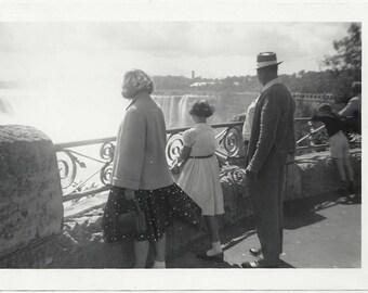 Old Photo Family at Niagara Falls Rear View 1950s Photograph Snapshot vintage
