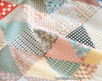 Patch Work Linen Fabric, Triange Tiny Flower Patchwork Linen Cotton Fabric- 1/2 Yard 48x145cm