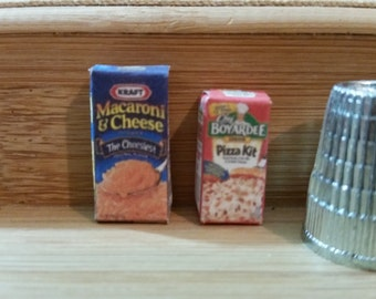 X-5   Tiny miniature Mac n cheese and Pizza mix