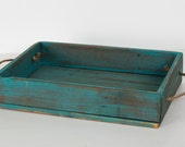 Reclaimed wood serving tray with rope handle