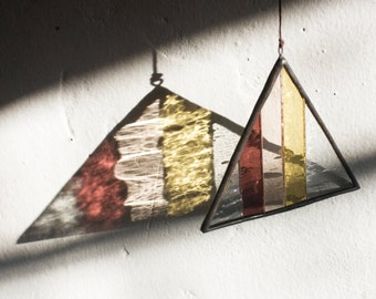 Stained Glass Elements: Striped Triangle