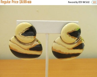 ON SALE Retro1980s Enameled Dangle Earrings Item K # 2271