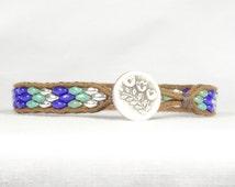 Single wrap bracelet, blue and green bead bracelet, Super duo beads, button bracelet, CarolMade Sw76