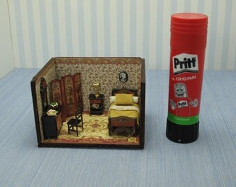 Dollhouse miniature  1/4 1:48 QS Quarter Inch Scale Furniture OOAK diorama 1,48th quarter inch scale bedroom handmade