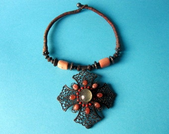 India Necklace.Astounding Vintage India Necklace.