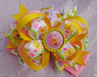 Easter Chick Bow with Chevron Accents will be such a great addition to your little divas Easter Outfit