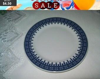 SALE Shenango Blue and white geometric pattern plate, Hotel Restaurant ware, 6.5 inch plate