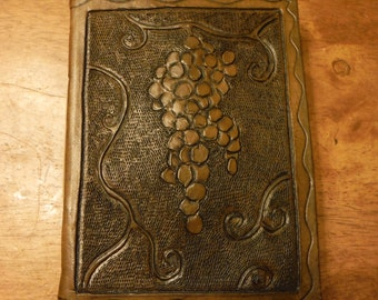 Made-to-Order Tooled Leather Grapevine Book/Journal/Sketchbook (blank), 400pg, Color Options, Flapless