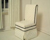 Dining chairs for the 1:12 scale dollhouse