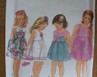 Simplicity 8390, Girls Dress, Child's Dress