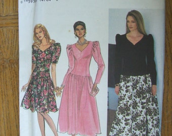 Simplicity 8727, Misses' Dress With Full Skirt