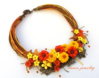 Statement Necklace, Flower Necklace, Floral Necklace, Bib Necklace, Floral Fashion, Flower Jewelry, Women Gift, Fashion Necklace, Handmade