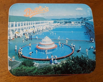 1970's Butlins holiday tin