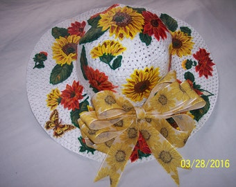 White Hat with Sunflowers and Match Bow