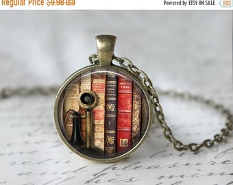 Librarian Necklace - Book Necklace - Book Jewelry - Literacy Jewelry - Glass Dome Necklace - Library Necklace - Book Lover Necklace  T927