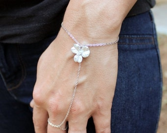 10% OFF SALE Simple Silver Flower Hand Chain - Silver Slave Bracelet