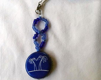 HC Seagrams Escapes White Palm and Dark Blue Glass Beads Upcycled Bottlecap Keychain Charm
