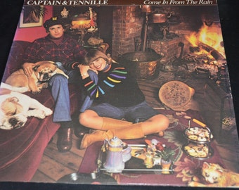 Vintage Vinyl Record Captain & Tennille: Come In From the Rain Album SP-4700